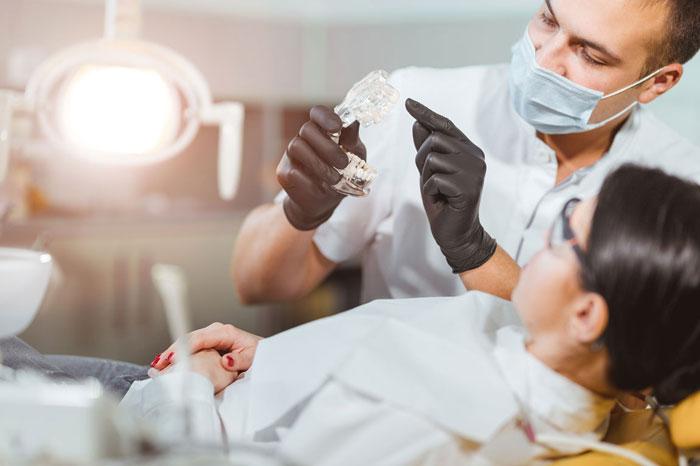 Стоматологические услуги в клинике «Улыбка»